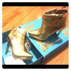 NWT Anna Dello Russo for H&M rare collectibles 40